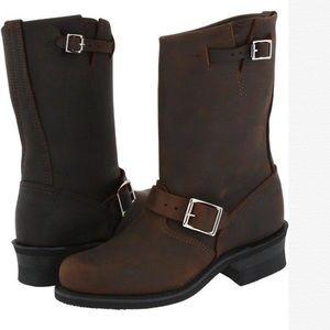 NIB Frye Women's Engineer 12R Boots Gaucho
